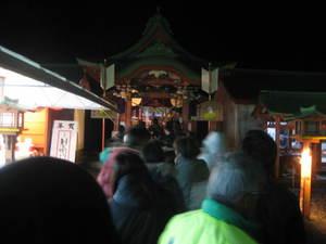 揖宿神社参拝の列