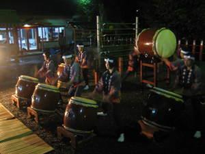 揖宿神社の太鼓